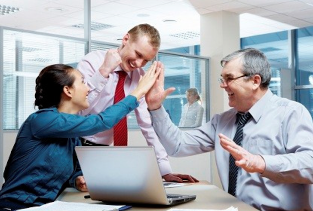 انگیزه دادن به افراد تیم های کاری